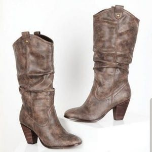 REPORT Rosabella western scrunch heeled boots NWT